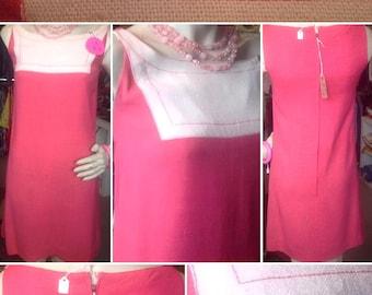 Chic 1960s Mod Pink Linen Dress!