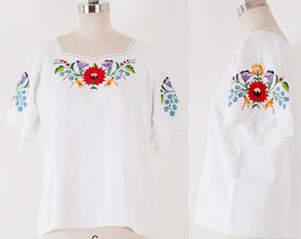 Vintage 70's Kalocsa Hungarian Embroidered Peasant Top l M