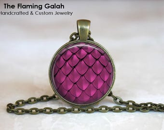MERMAID SCALES Pendant • Pink Mermaid Scales • Pink Dragon Scales • Gift for a Mermaid • Gift Under 20 • Made in Australia (P1350)