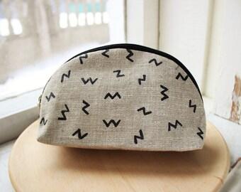 Makeup bag Makeup pouch Linen bag Bridesmaids pouch Linen zipper pouch Toiletries Bag Makeup Organizers Girlfriend Gift Bridesmaids gift
