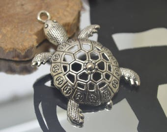 large turtle well worked silver 6 x 4 cm metal charm pendant