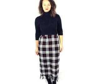 Vintage 70s Midi Skirt Black and White Plaid Below knee Checkered High waisted Fringe  / Medium