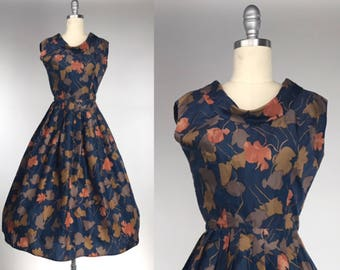 Vintage 1950s Print Dress // Autumn Leaves on Navy