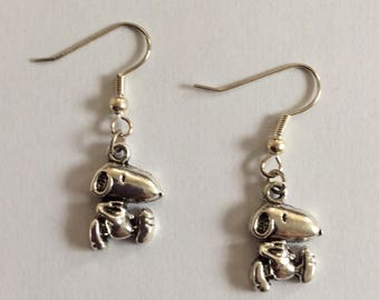 Snoopy dog earrings
