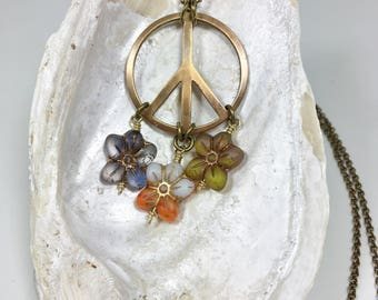 Funky Retro Hippie Style Necklace, Peace Sign Jewelry