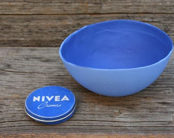 BLUE HOLE porcelain bowl
