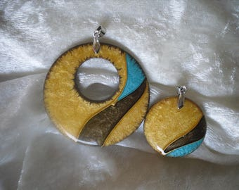 wooden pendant, donut / cabochon, set of 2 pieces, handmade
