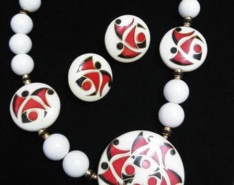 Vintage 1980 white red tribal beaded necklace and pierced earring set