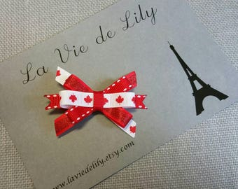 Canada bow Canada flag, Red Leaf Bow white itty bitty bow Canada Day, July 1st bow hair accessory, Maple Leaf bow, photo prop Canadiana Clip