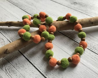 Girls necklace - Felt Pom Pom and wooden beads