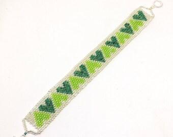 Peyote weave green heart bracelet - sterling silver clasp - seed bead bracelet