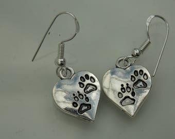 Silver plated // Animal paw heart earrings