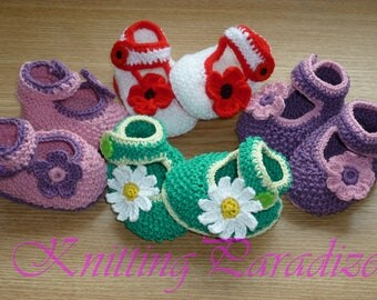 Set of four, baby girl shoes, baby girl booties, crochet baby shoes, crochet baby booties, baby booties