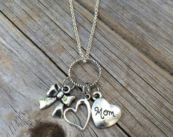 Mom Heart and Bow Necklace, Charm Necklace, Heart Necklace, Necklace, Love Necklace, Gifts for her, Gifts for Mom
