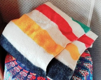 Hudson Bay Point Blanket - 3.5 Point Red Green Yellow and Black Wool Trapper - Made in England - Vintage and Excellent Condition