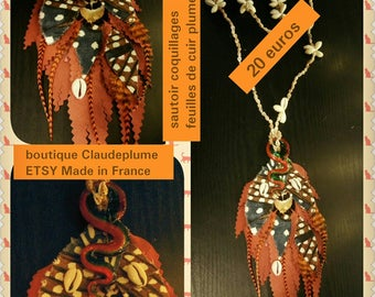 Shell pendant necklace leaves leather feathers