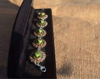 Green frog bracelet