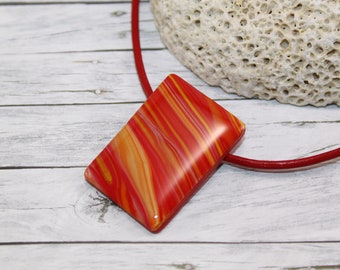 Red striped rectangle necklace