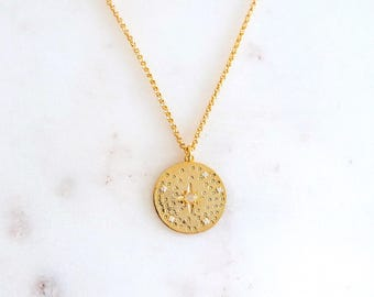 Moonstone Set Hammered In A Disc Circle Star 12 Kt Yellow Gold 925 Sterling Silver Chain Necklace