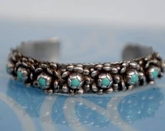 Free Shipping - Beautiful turquoise silver vintage rose petal cuff, Southwestern bracelet,  Native American Indian jewelry, Zuni bracelet