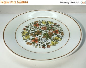 ON SALE Corelle, INDIAN Summer, Luncheon Plate, Wite Background, Rust n Yellow Flowers, Mint Condition