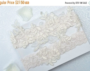 ON SALE Wedding Garter Set- Bridal Garter Set - Keepsake Garter- Ivory Lace Garter- Garter- Wedding Garter- Bridal Garter Set- Wedding Garte