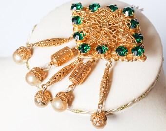 Vintage brass filigree brooch with green rhinestones Brooch, 1960-1980