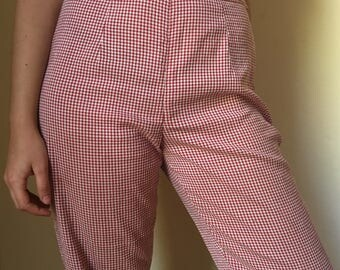 Totally 90s clueless red gingham trousers