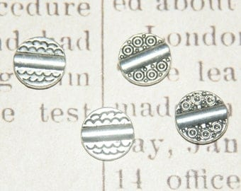 5 flat round beads 10mm silver metal double sided