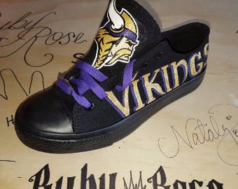 custom Minnesota VIKINGS men and women sports fan hand painted shoes!