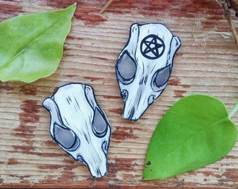 Rat Skull Rodent Oddity Hand Painted Pin Badge Brooch Wiccan Pagan Magick Inspired