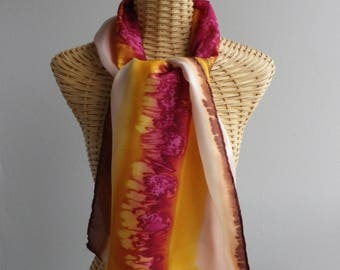 Felted scarf, stole in yellow gold silk and garance@evysoie