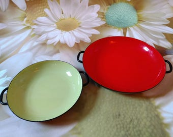 Vintage Set of Two Sizzling Server Enamelware Pans, Made By Lantoni, Imported From Italy
