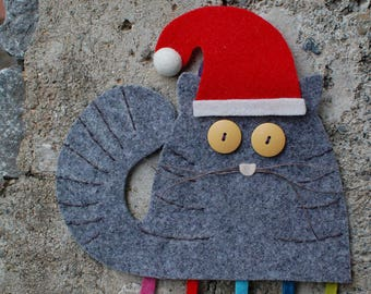 Handmade Christmas felt decoration - Felt cat - Felt Christmas cat ornament -