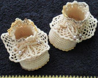 Crochet beige shoes,Crochet Christening shoes,Crochet baby shoes,Crochet baby booties