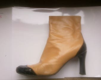 CHANEL Ladies ankle boots Tan and Black Size 41 1/2  UK 8