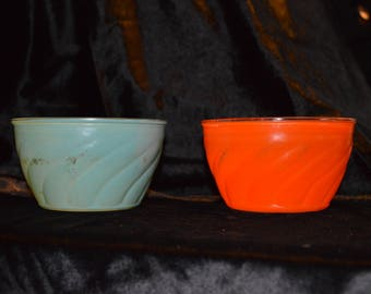 Vinage Glass Bowls