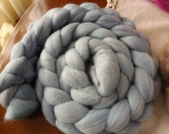 Merino roving hand dyed 20 micron 100 gms Colour 15 Blues