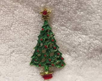 Vintage Christmas Tree Pin,  Enamel Painted with A Rhinestone in the Star