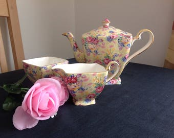 Charming Royal Winton chintz tea set.  Welbeck.  Lovely condition .