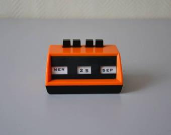 Vintage Perpetual Calendar / Desk flip Calendar / uk register / black and orange 70s