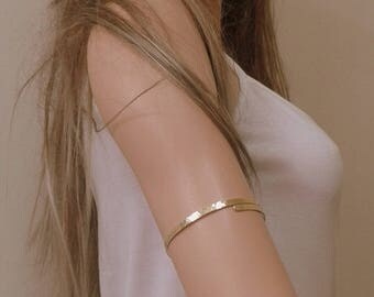 Arm Band-Hammered Upper Arm Band - Gold Silver Cuff bracelet made of brass, aluminium or german sivler.