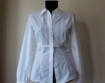 Elegant white shirt, eyelet lace bust embroidery, German dirndl style inspired, extra small size, vintage fashion, office apparel
