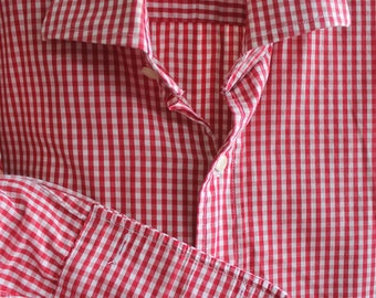 Gents red gingham shirt REF 615