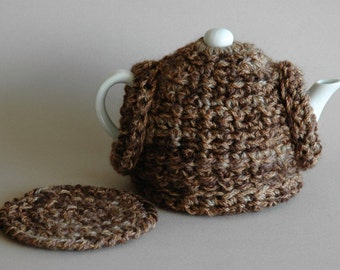 2 cup tea cosy with matching trivet / teapot jumper / variegated brown / gift idea
