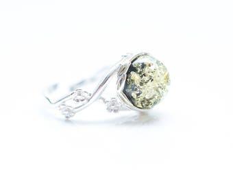 Green Amber Fashion Ring, Amber Fashion Ring, Baltic Amber Ring, Amber Ring, Adjustable amber ring, adjustable ring, green amber ring, gift