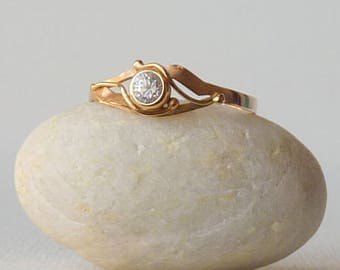 Gold and Cubic Zirconia Ring, Vintage 14kt Gold Ring, 14k Promise Ring, Size 8, Lovely Gold Ring, Gold Girls Jewelry, Bridal Jewelry