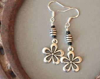 Silver Flower Earrings, Silver Daisy Dangle Earrings, Flower Beaded Boho Earrings, Girl Gift