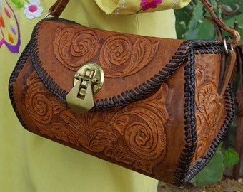 1950's -1960's Vintage Western Hand Tooled and Hand Stitched Mexican Leather Box Purse