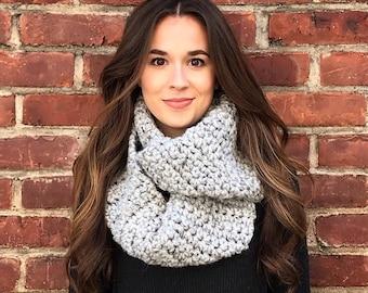 Infinity Scarf, Crochet Scarf, Gray Scarf, Neutral Scarf, Light Gray Infinity Scarf, Chunky Crochet Scarf, Fall Scarf, Winter Scarf, Rustic